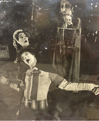 joedaddy-pantomime-400